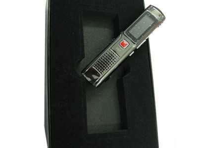 Máy ghi âm chuyên nghiệp RV01